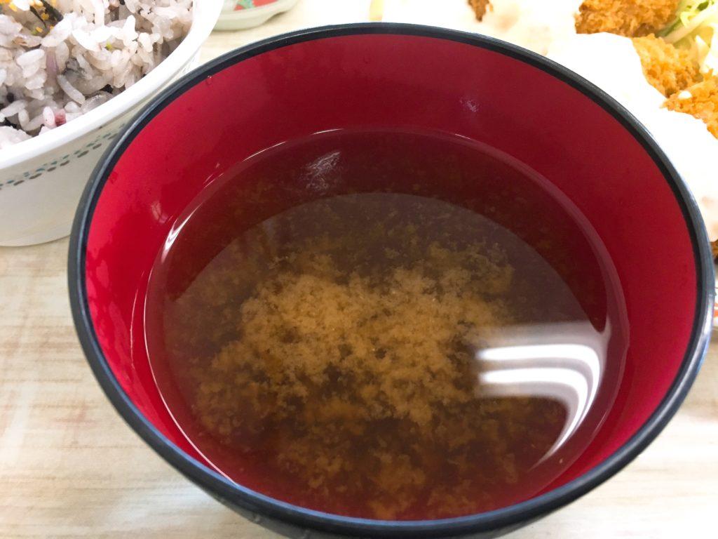 さくらんぼ食堂お味噌汁